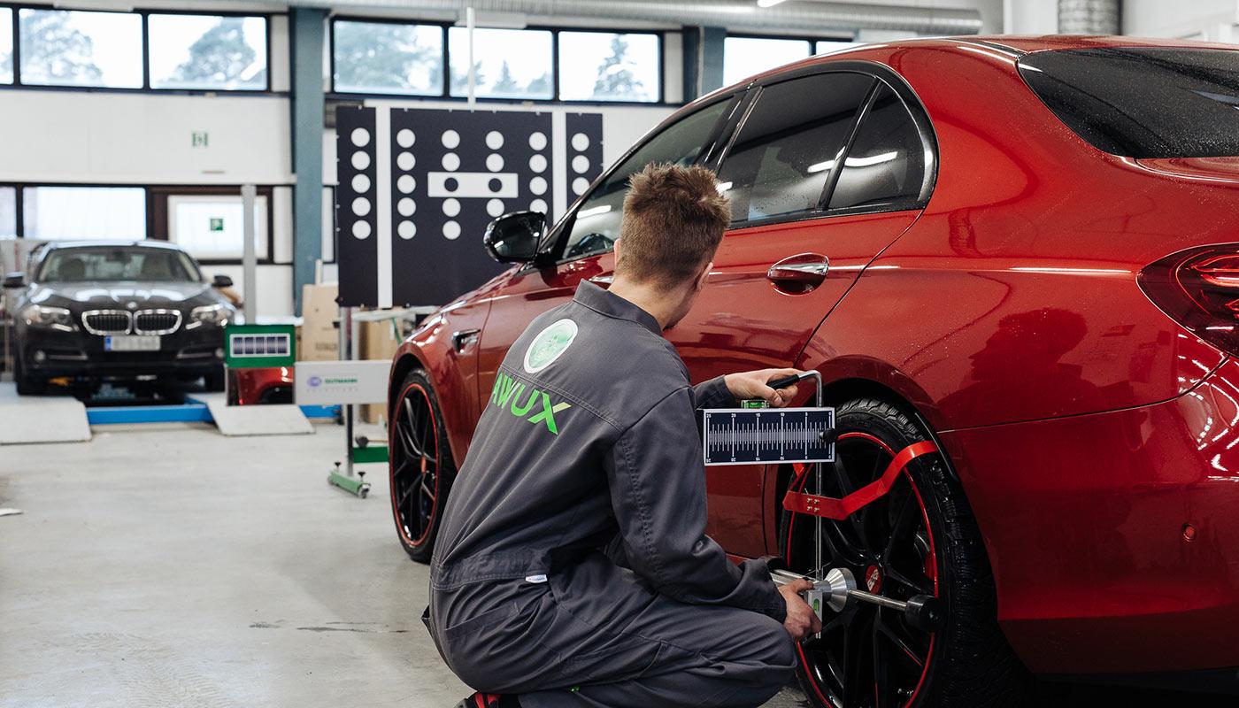 Hyvän palvelun autokorjaamo Oulun Limingantullissa
