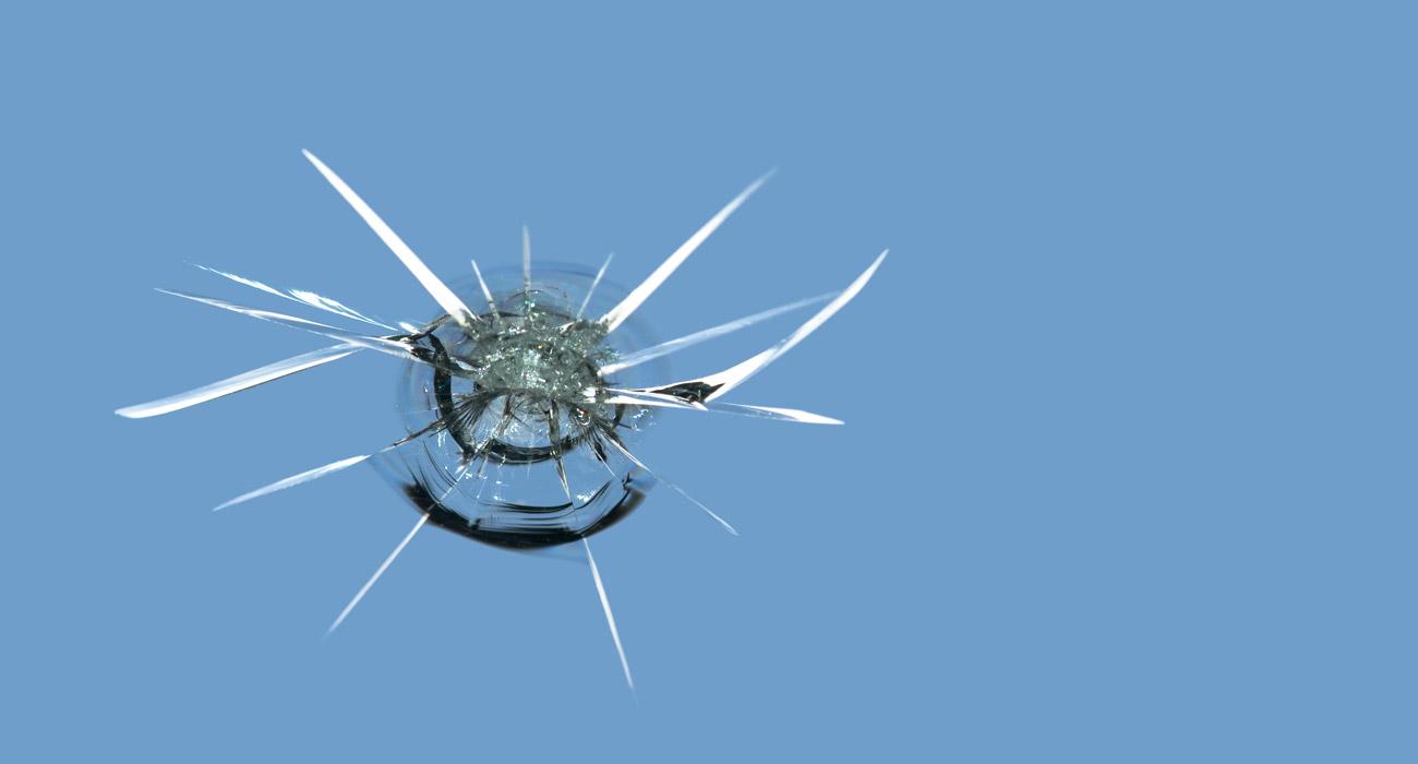 Tuulilasin korjaus vai vaihto? Testaahelpostiitse!