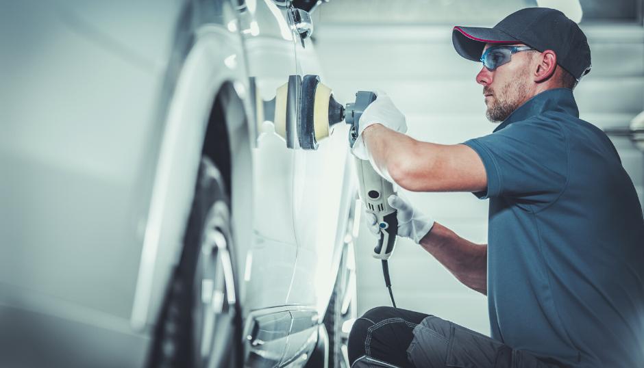 Hoitamalla autosi maalipintaa säilytät autosi arvon
